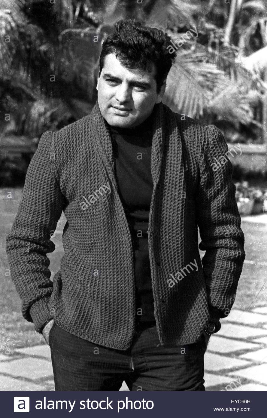 indian vintage 1900s bollywood actor feroz khan mumbai maharashtra hyc66h